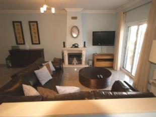 Image 2, 3 Bedroomed Townhouse : DV5972