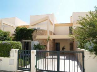 Image 1, 3 Bedroomed Townhouse : DV5082