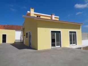Image 1, 3 Bedroomed Villa : AV1326