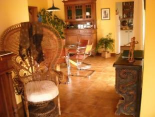 Image 5, 6 Bedroomed Villa : AV1352