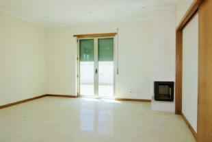 Image 2, 3 Bedroomed Villa : AV1349