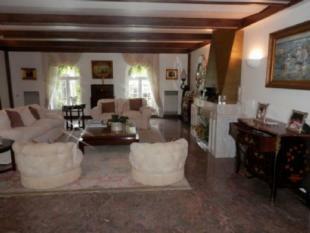 Image 7, 6 Bedroomed Villa : AV1357