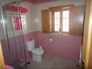 Image 10, 4 Bedroomed Villa : AV820