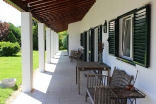 Image 4, 6 Bedroomed Villa : AV1371