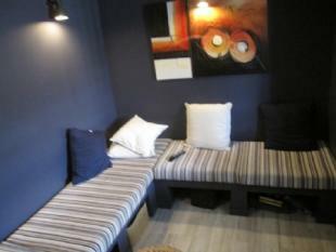 Image 6, 8 Bedroomed House : AV1382