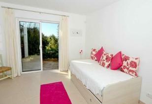 Image 12, 4 Bedroomed Villa : GV384