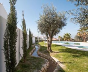 Image 9, 4 Bedroomed Villa : AV1405