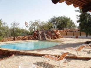 Image 2, 4 Bedroomed House : PV3206