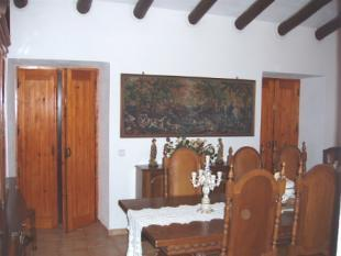 Image 7, 4 Bedroomed House : PV3206