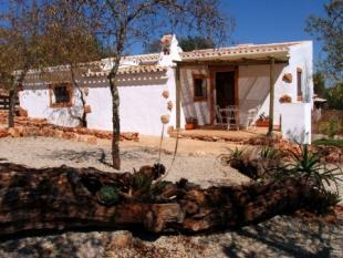 Image 10, 4 Bedroomed House : PV3206