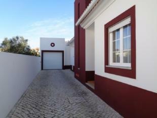 Image 2, 4 Bedroomed Villa : AV1468