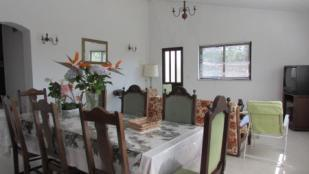 Image 4, 3 Bedroomed House : AV1489