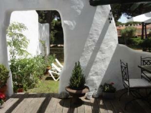 Image 3, 2 Bedroomed Villa : AV1466