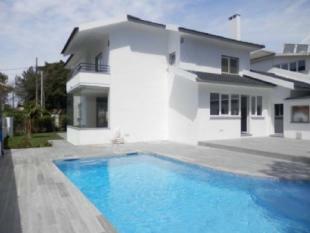 Image 1, 5 Bedroomed Villa : AV1512