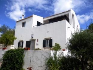 Image 1, 4 Bedroomed House : BV2257