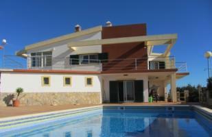 Image 1, 4 Bedroomed Villa : JV1720
