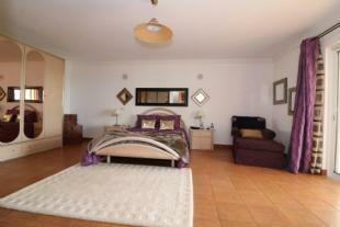 Image 12, 4 Bedroomed Villa : JV1720