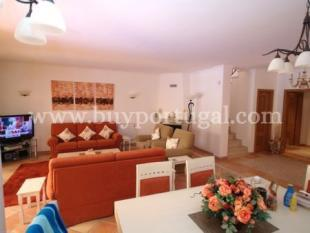 Image 5, 3 Bedroomed Townhouse : DV383