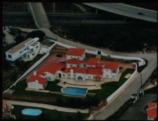 Image 3, 5 Bedroomed Villa : AV1599