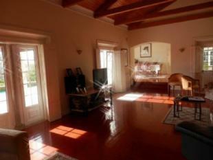 Image 8, 5 Bedroomed Villa : AV1599