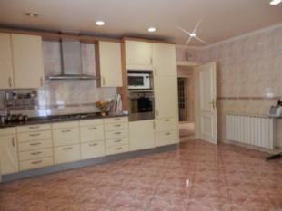 Image 6, 5 Bedroomed Villa : AV1618