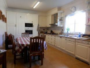 Image 7, 5 Bedroomed Villa : AV1618