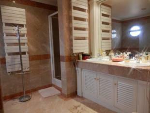 Image 22, 5 Bedroomed Villa : AV1618