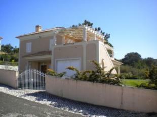 Image 1, 3 Bedroomed Villa : AV885