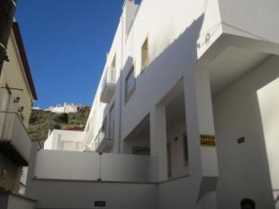 Image 1, 2 Bedroomed Apartment : AA169