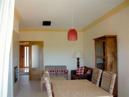 Image 4, 3 Bedroomed Townhouse : DV5980