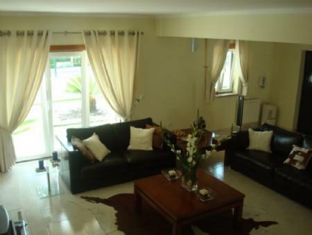 Image 6, 4 Bedroomed Villa : AV1318