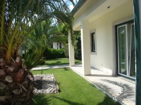 Image 7, 4 Bedroomed Villa : AV1318