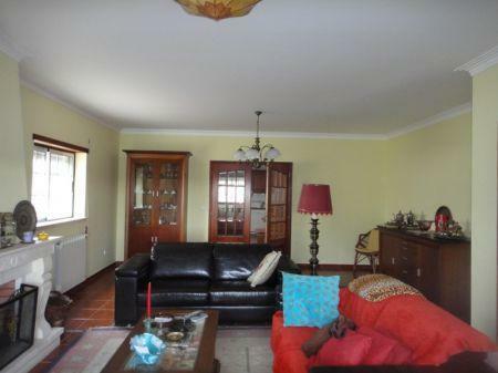 Image 2, 4 Bedroomed Villa : AV1033