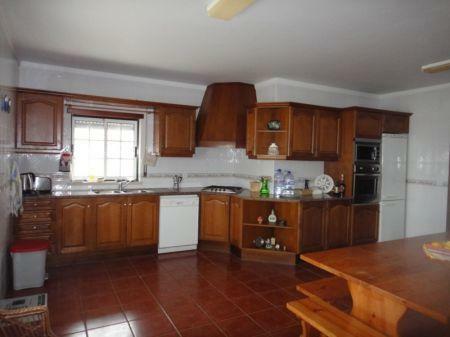 Image 4, 4 Bedroomed Villa : AV1033
