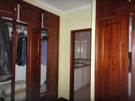 Image 9, 4 Bedroomed Villa : AV1033