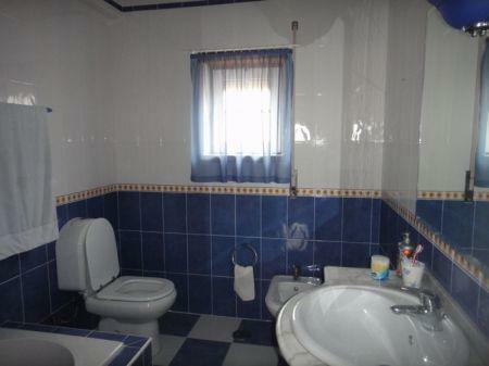 Image 15, 4 Bedroomed Villa : AV1033