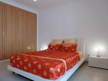Image 8, 3 Bedroomed Villa : AV1073