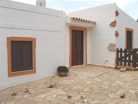 Image 4, 4 Bedroomed House : PV3206