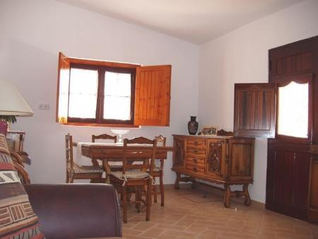 Image 6, 4 Bedroomed House : PV3206