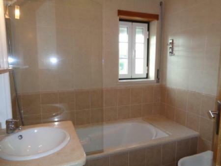 Image 16, 2 Bedroomed Villa : AV1456