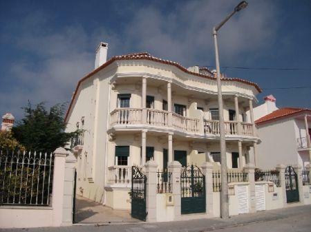 Image 1, 4 Bedroomed House : AV869
