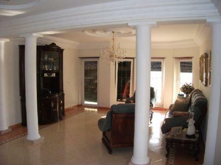 Image 7, 4 Bedroomed House : AV869