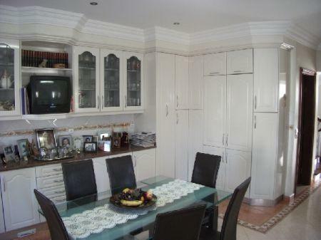 Image 10, 4 Bedroomed House : AV869