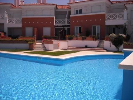 Image 2, 2 Bedroomed Apartment : AA256