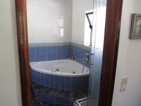 Image 11, 6 Bedroomed Villa : GV371