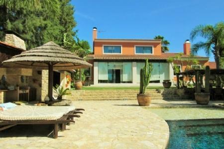 Image 25, 5 Bedroomed Villa : AV1369