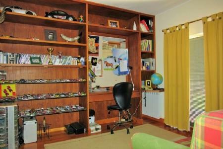 Image 7, 5 Bedroomed Villa : AV1369