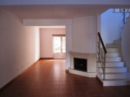 Image 4, 4 Bedroomed Villa : AV1339
