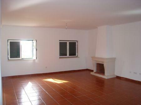 Image 3, 3 Bedroomed Villa : AV718