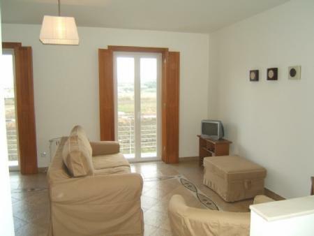 Image 1, 2 Bedroomed Villa : AV730